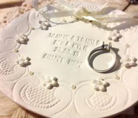 CUSTOM - Grand Floral Classic Oval Wedding Ring Bowl with Lace & Pearl Embellishments Bridal Ring Holder Dish handmade